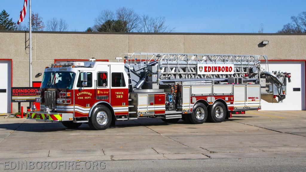 Tower Ladder 389